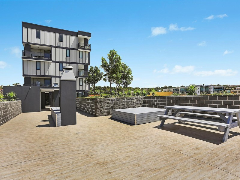 402 822 pittwater road dee why apartment sold mcgrath for Why buy an apartment