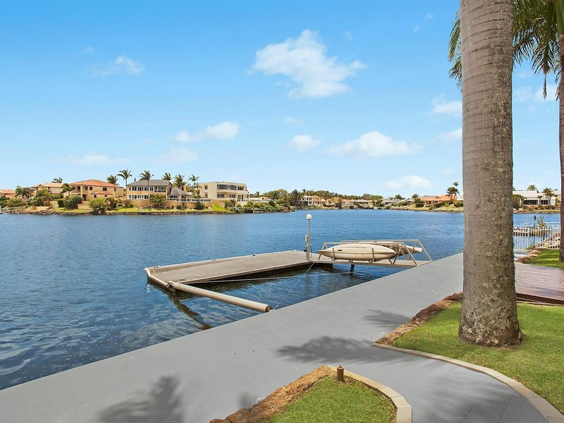 12 San Simeon Drive Clear Island Waters House Sold