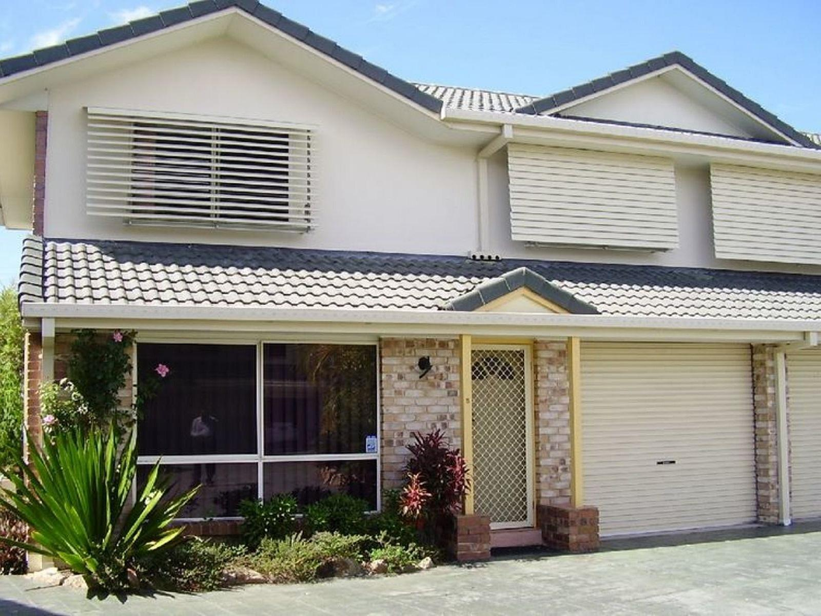 Brochure For 5 1 Cox Drive Tweed Heads South NSW