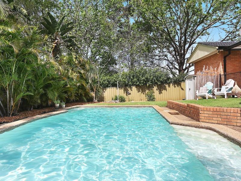 15 mcdougall avenue baulkham hills house sold mcgrath - Waves swimming pool baulkham hills ...