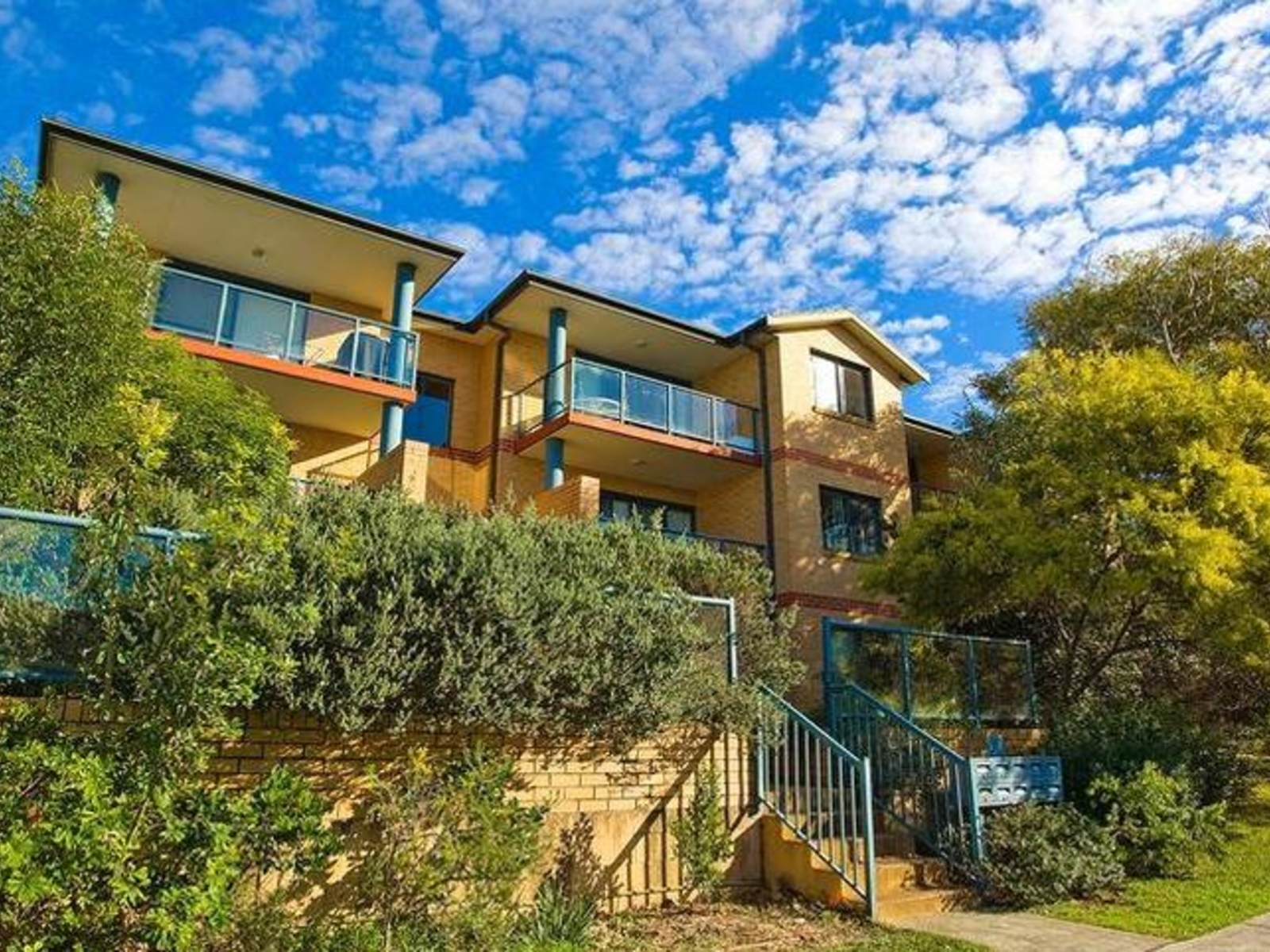 8 2a Francis Street Dee Why Apartment Sold Mcgrath