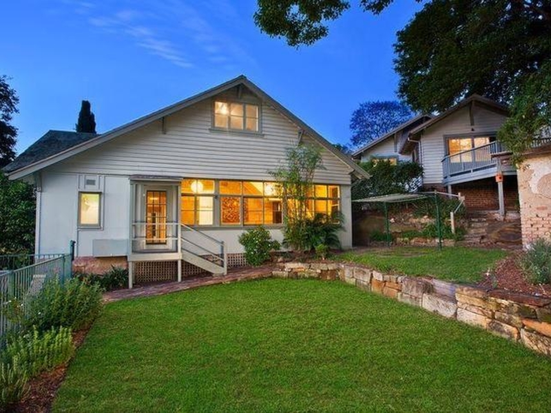 20 amiens street gladesville house sold mcgrath estate agents. Black Bedroom Furniture Sets. Home Design Ideas