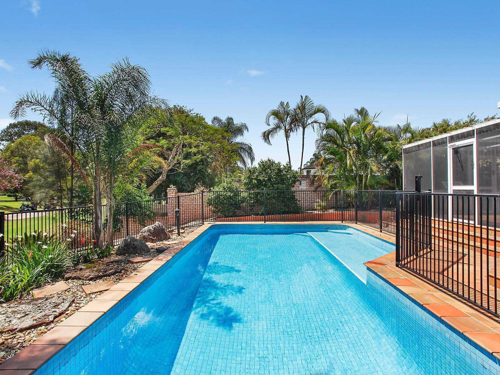 Brochure for 95 santa cruz boulevard clear island waters qld for Pool design 0420