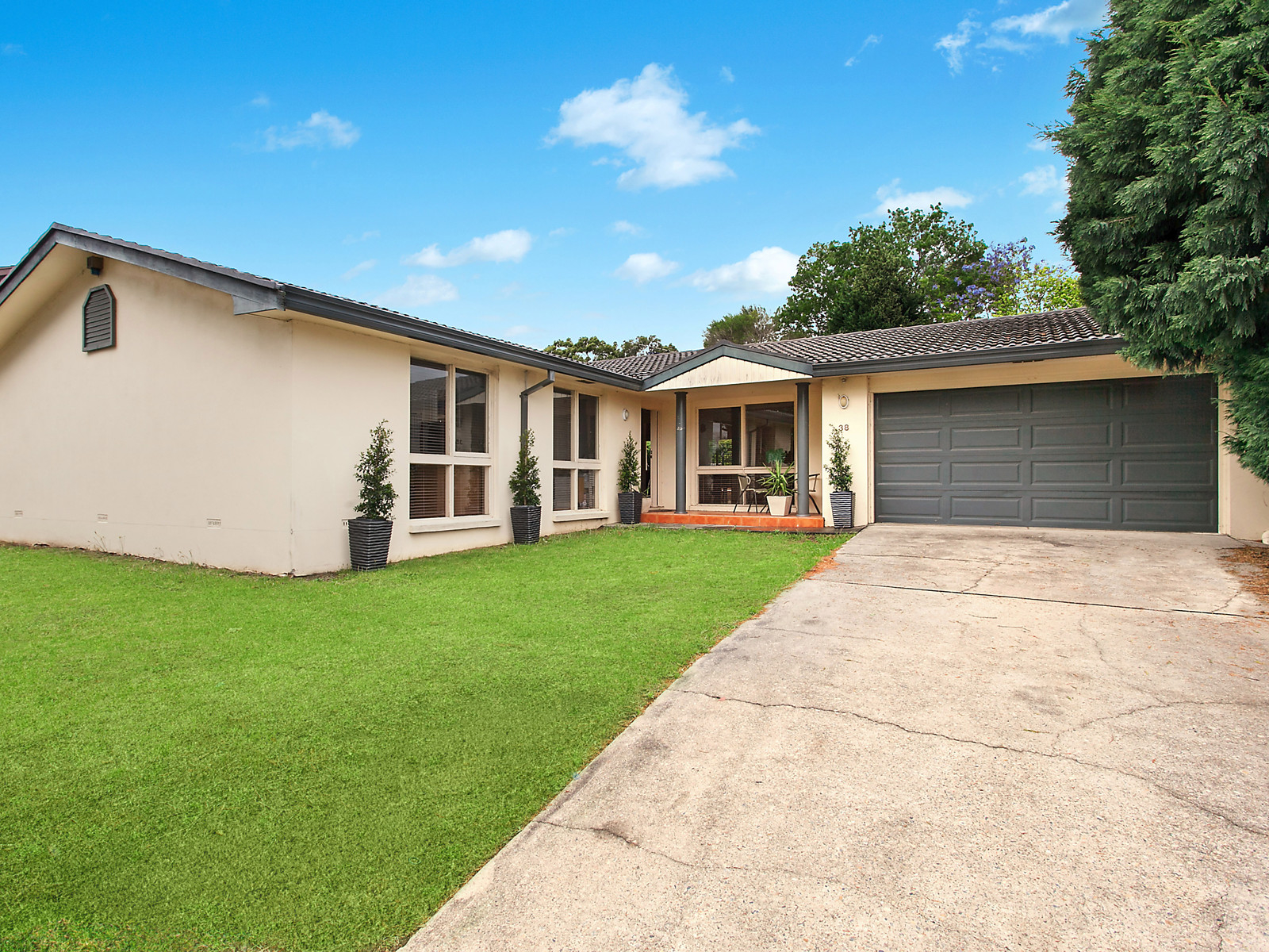 Brochure For 38 Middleton Avenue Castle Hill Nsw