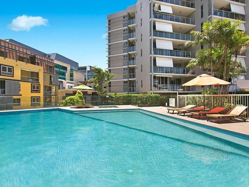 205 1000 Ann Street Fortitude Valley Apartment Sold Mcgrath Estate Agents