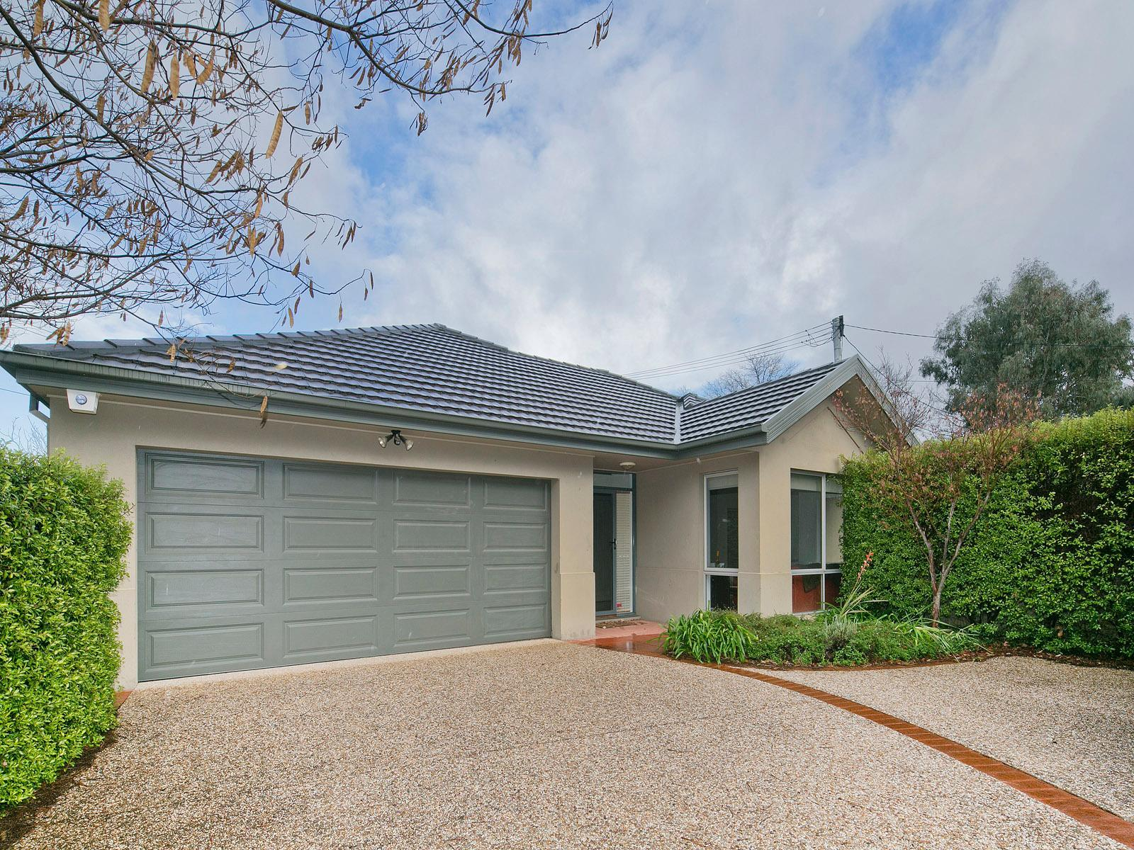 Brochure For 6b Boronia Drive Oconnor Act