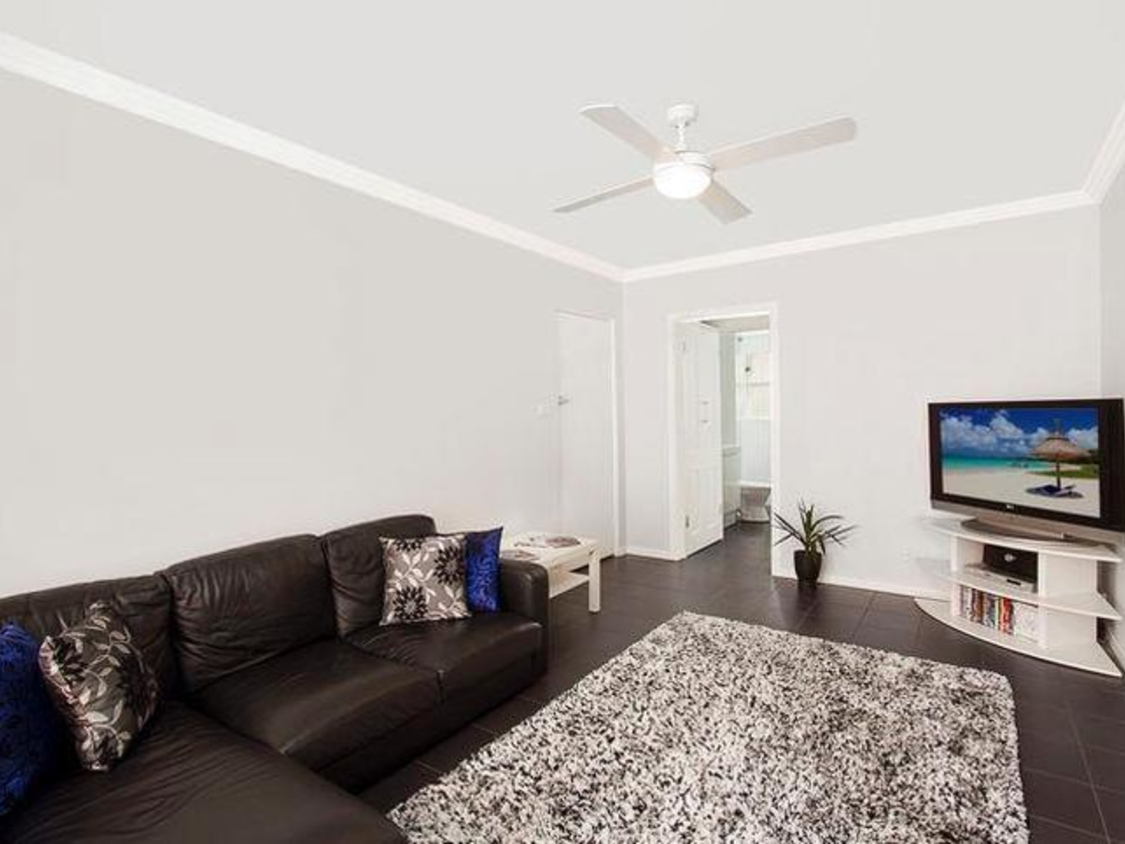 8 45 Howard Avenue Dee Why Apartment Sold Mcgrath