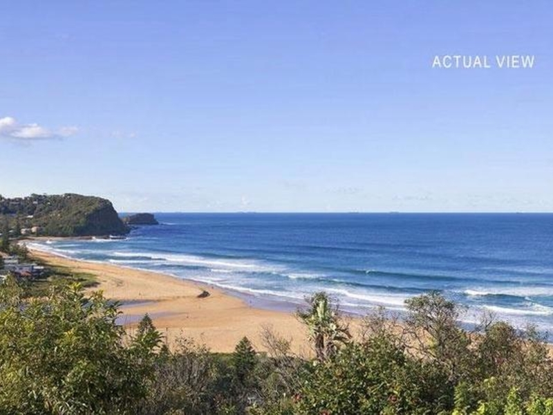 Avoca Beach Parking