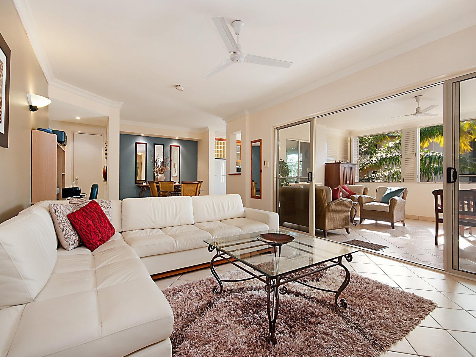 614 2 Greenslopes Street Cairns QLD